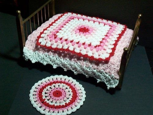 Miniature Dollhouse Bed Cover & Rug.
