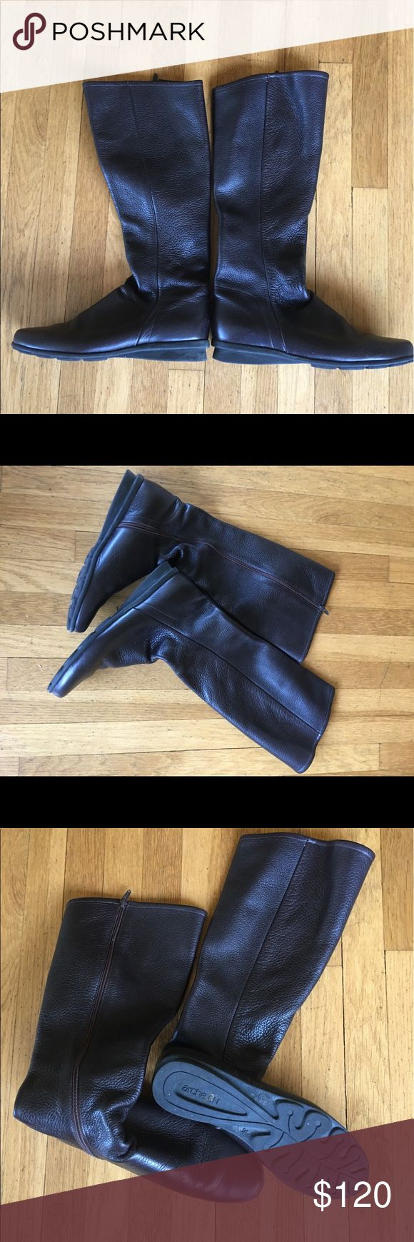 Arche Boots Arche Boots. Very soft leather, made in France comfortable, can be dressy or casual Boots. Size is too big. NO BOX arche Shoes Winter & Rain Boots