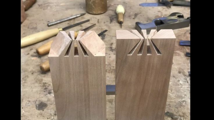 Impossible dovetail joint revealed. Japanese joinery. Wood art