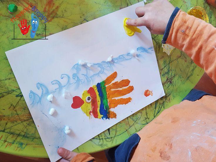 DIY Baby Handprint Under The Sea Canvas /Come Creare il Fondo del Mare con l'Impronta della Mano