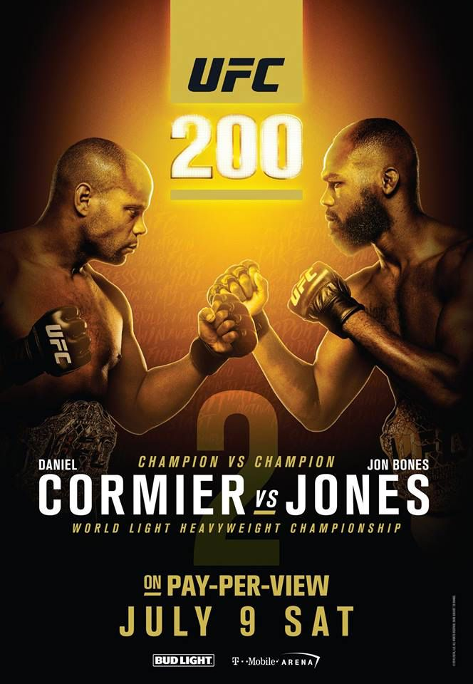 This Saturday #StateRestaurant is the place to be for the #UFC200 fight! Book your table now by calling us at (773)975-8030 before they sell out. #STATE #FightNight #UFC #Chicago #UFCFightWeek #ThingsToDoInChicago #LincolnPark