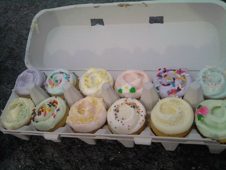 Mini cupcakes from Magnolia Bakery in an egg carton. I seriously have no idea how they do their frosting swirl like that but I want to learn.