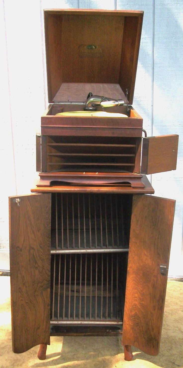 Best 25+ Victrola record player ideas on Pinterest | Antique ...