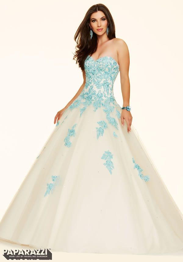 Mori Lee Prom Dresses Cambridge: Cinderella Ball Gowns & Beauty