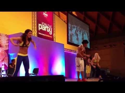 ▶ Zumba Sentao with Beto, Rimini Wellness 2013 - YouTube