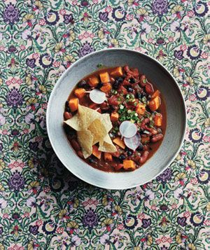 Slow-Cooker Vegetarian Chili With Sweet Potatoes: Slowcook Vegetarian, Sweet Potatoes Recipes, Black Beans, Crock Pots, Slow Cooker Recipes, Crockpot, Slow Cooker Vegetarian, Slow Cooking Vegetarian, Vegetarian Chilis