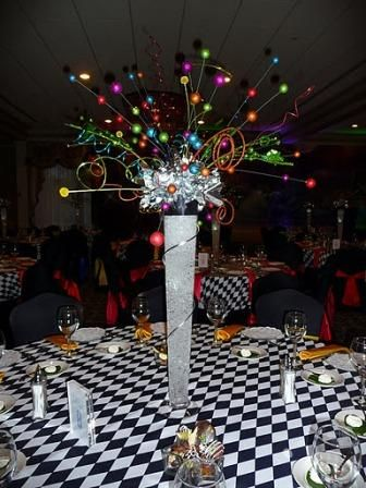 Cirque du soleil theme centerpiece jpg events pinterest cirque du soleil centerpieces and - Decoration theme cirque ...