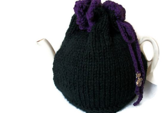 Witches Brew Tea Cosy, Hand Knitted