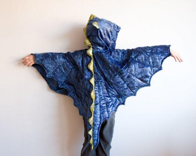 Blaues Drachenkostüm für Kinder an Fasching / blue dragons costume for kids at carnival by oKidz via DaWanda.com