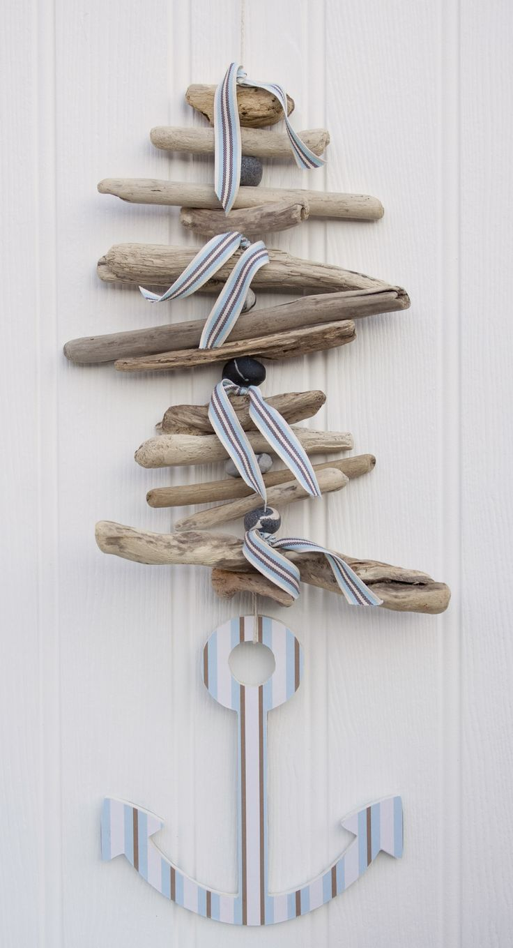 Hanging Driftwood Anchor Garland