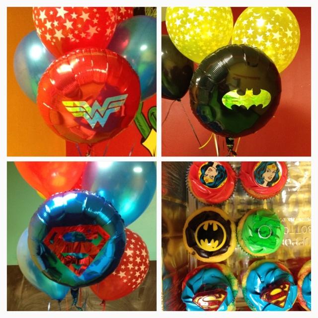 Wonder Woman Balloon Decorations