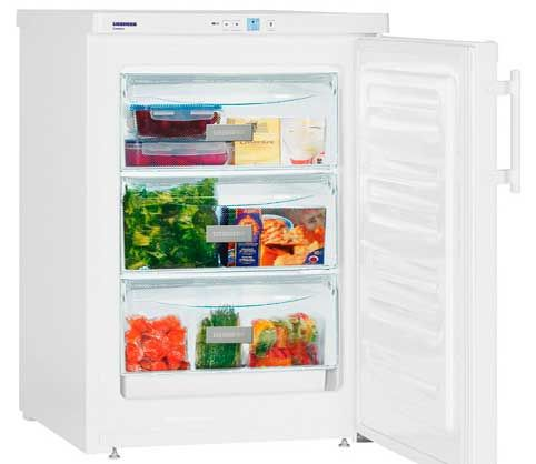 El congelador o freezer es una de las partes más importantes de nuestra cocina junto con el frigorífico o nevera, pero casi nadie nos paramos a pensar que también necesitan una limpieza a fondo de vez en cuando.