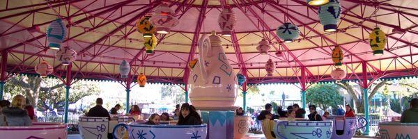 Vueltas y más vueltas en el Mad Tea Party de Magic Kingdom - Secretos De La Florida - Información en Español sobre Disney World, Universal S...
