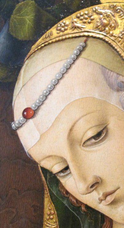 Carlo Crivelli - Madonna col Bambino che regge una mela, dettaglio - 1480 circa - Londra, Victoria and Albert Museum