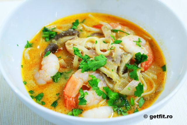 Supa de creveti cu cocos si coriandru, fara gluten / Gluten free shrimp soup with cilantro