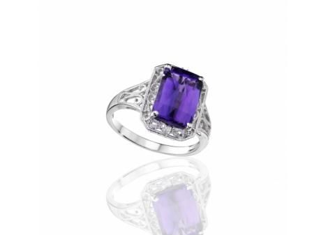 STERLING SILVER AMETHYST AND WHITE SAPPHIRE RING