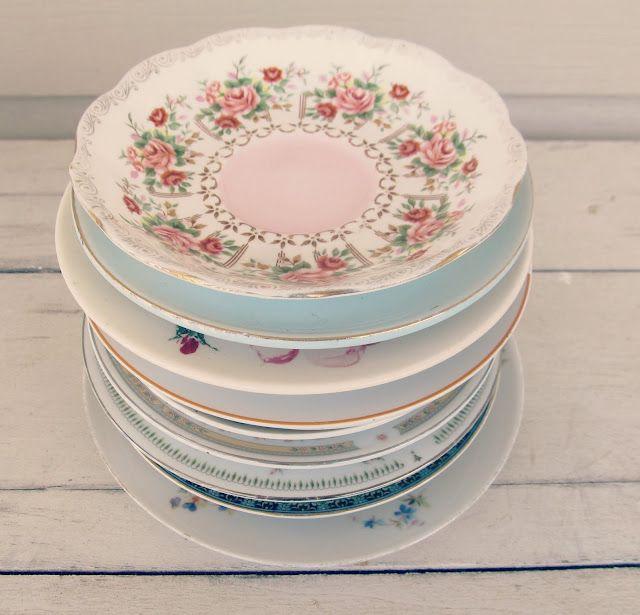 mismatched vintage plates for bridal shower #diy #doityourself