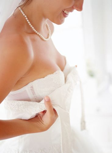 Bridal Lingerie: The Best Tips for What Goes On Under Your Wedding Dress