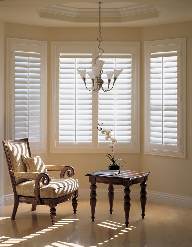 Plantation shutters - my all time favorite window treatment! Saying no to curtains in future :)