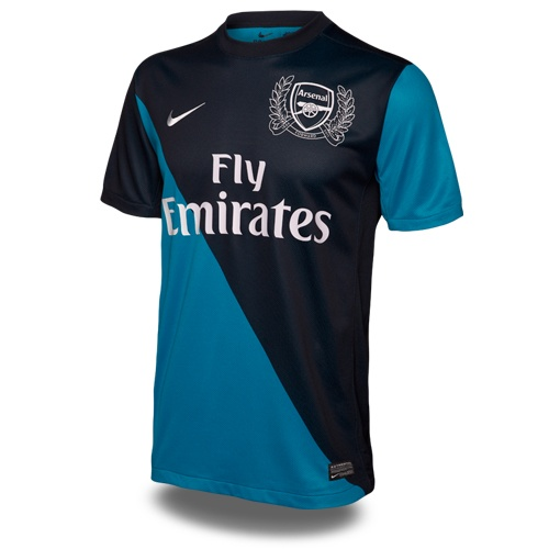Liking the new Arsenal kit.