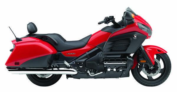 Honda Gullwing F6B in red  ( Honda Motor Co. / November 11, 2012 )
