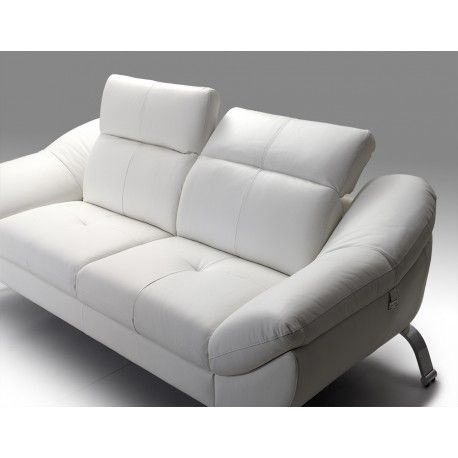 Laissez vous séduire par ce magnifique canapé 3 places en cuir blanc pleine fleur. Fabrication 100% européenne et prix très abordable ! Existe en 2 places !