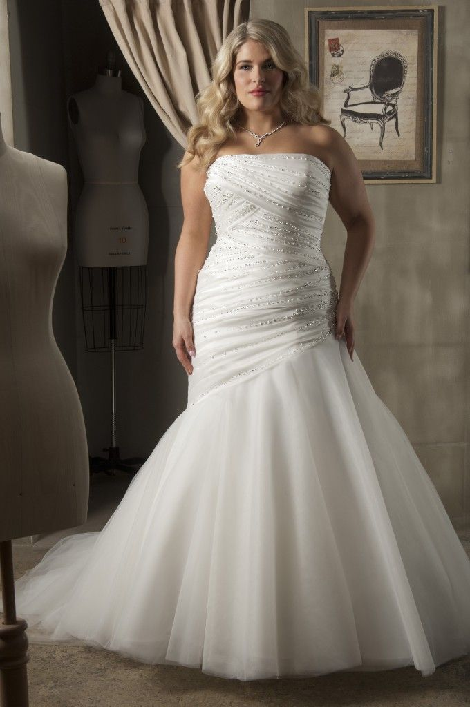 Beautiful Trumpet Mermaid Strapless Chapel Train Tulle Fabric Plus Size Wedding Dresses With Diamond Beading Style