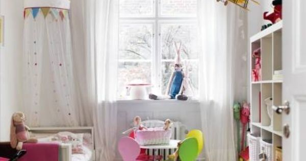 12 Coolest Colorful Kids Rooms - http://bit.ly/1IPthVs