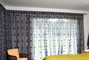 Looking for stylish Indoor and Outdoor blind in Auckland Visit Curtain Creations for a great range of roller blinds, shutters, awnings.Curtain Creations also stock a complete and exciting range of traditional and modern curtains in countless fabrics, colors and styles.