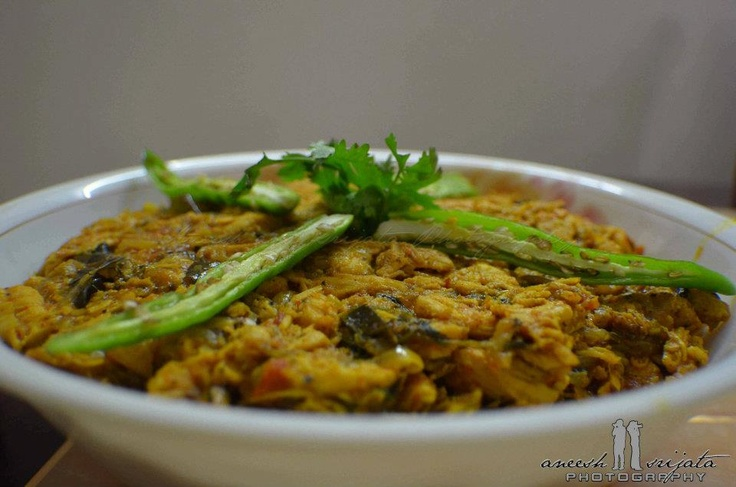 One more home made dish... Chicken Chettinad it is!