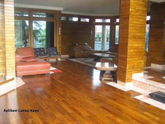 mendekorasi rumah dengan lantai kayu semarang di daerah semarang