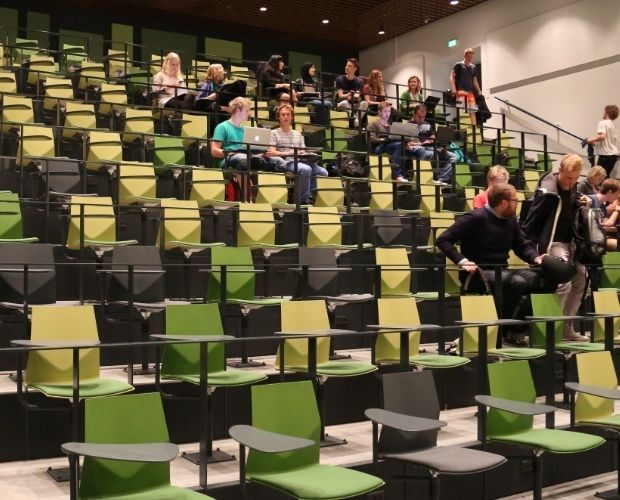 FourCast Inno®audi is the innovative and practical answer to auditorium seating.