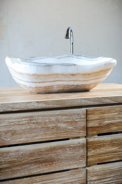 Раковина, оникс, с острова Бали, Индонезия, натуральный камень, интерьер для ванной комнаты, эко-дизайн, Onyx sink, Natural stone, bathroom interior design, eco-design, Bali, Indonesia
