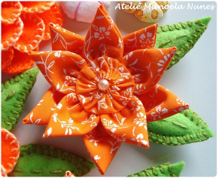 Flor de Fuxico com Pétalas em Ponta                                                                                                                                                                                 Mais