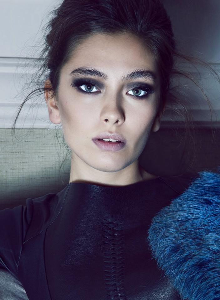 Neslihan Atagül, Çerkes oyuncu, Circassian actress from Turkey. Source for ethnicity: http://www.sabah.com.tr/Cumartesi/2012/01/21/sirin-annesi-gibi-olmayacak