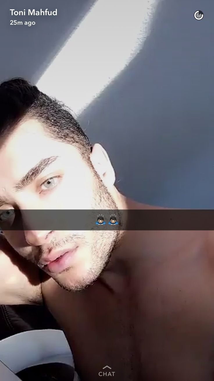 Snapchat Models: Toni Mahfud.