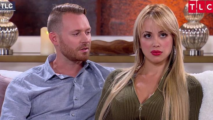 FOX NEWS: '90 Day Fiance's' Paola and Russ get into heated fight Russ and Paola are still fighting over the Colombian model's career.