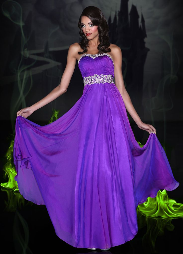 Now that is truly a Disney prom dress #kill me now