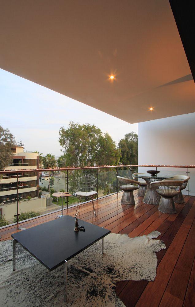 Galería de Arquitectura colectiva y de baja densidad: 10 edificios de departamentos en Lima, Perú - 17
