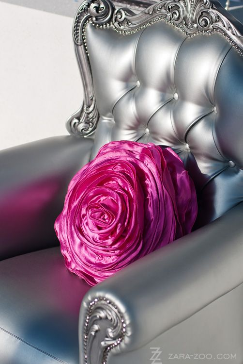 silver chair with rose pillow...stunning