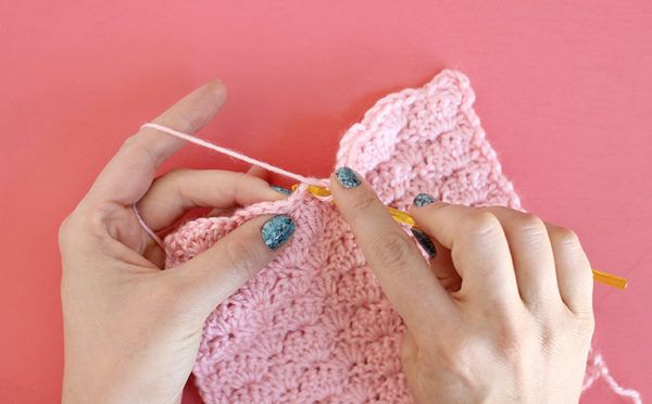 How to Crochet the Shell Stitch for Beginners by Persia Lou