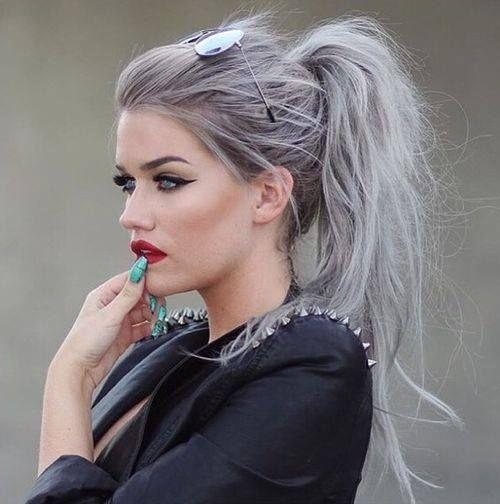 Znalezione obrazy dla zapytania ładne kobiety siwe włosy i popielate oczy