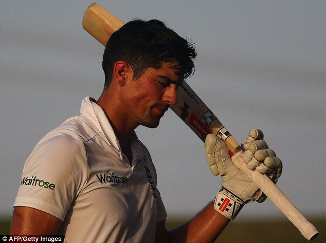 Alastair Cook makes an extraordinary 263 for England against Pakistan #dailymail