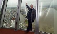 Boris Kracar arbeitet als Haustechniker im Rheinturm.