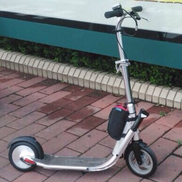 Gathering interests for motorising of Oxelo Town9 EF kick scooters.You will have to already own the town9 EF for me to motorise it. I will only get the parts in and do the modifications when i get sufficient orders. So do drop me a PM. $550 package gives you a 24V250W motor and 24V12Ah battery motorised scooter complete with throttle and brakes.Extra charges for different configurations. PM for info