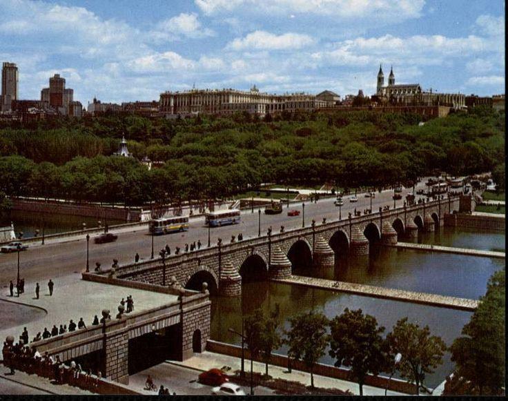 puente de Segovia hacia 1960 (fuente: memoriademadrid.es)