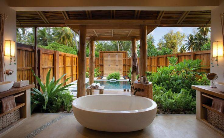 Naturally inspired and tastefully modern decor