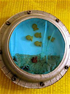Resultado de imagem para cardboard box submarine