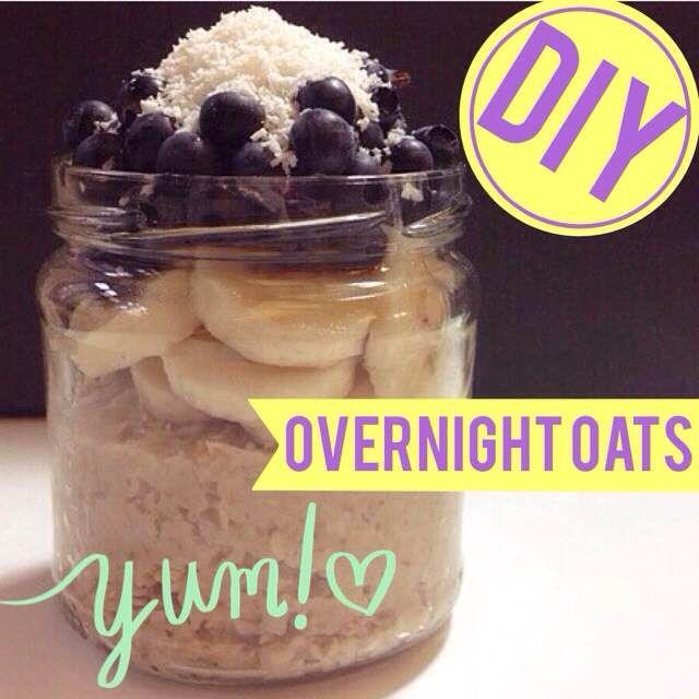 http://eatsmarter.de/ernaehrung/news/overnight-oats-diy Viele verzichten aus Zeitmangel morgens aufs Frühstück. Dabei ist die erste Mahlzeit des Tages wichtig um den Stoffwechsel in Schwung zu bringen und mit Energie in den Tag zu starten. Die Lösung: Overnight Oats.