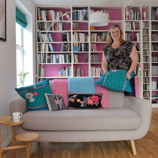 1950s inspired detached house colourful living roompink - Living Room 1950s